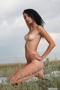 Skokoff-Teresa-Sunbathing-%28x78%29-%282912-x-4368%29-2012-07-04-j0i353k2xh.jpg